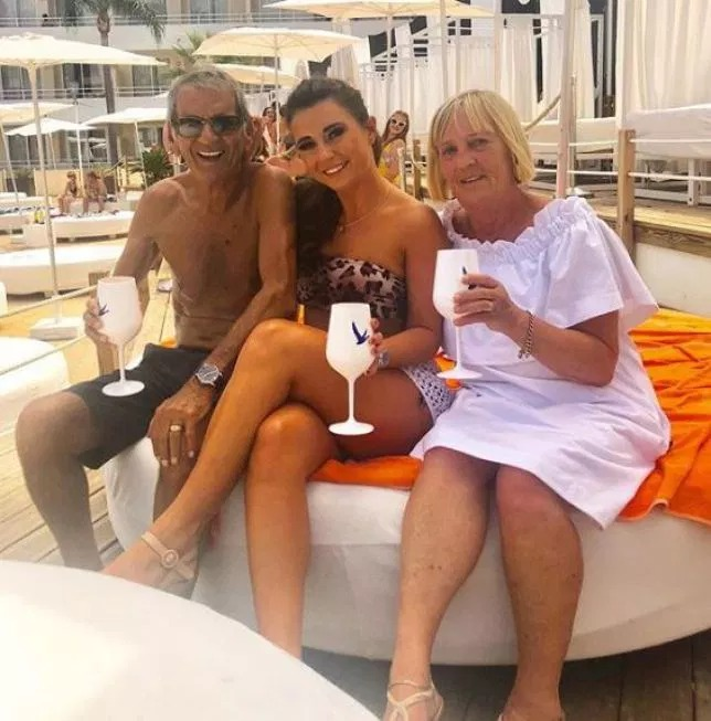 Dani Dyer's granddad 'Bruv' joins Instagram, becomes instant star with 20k followers in a few hours