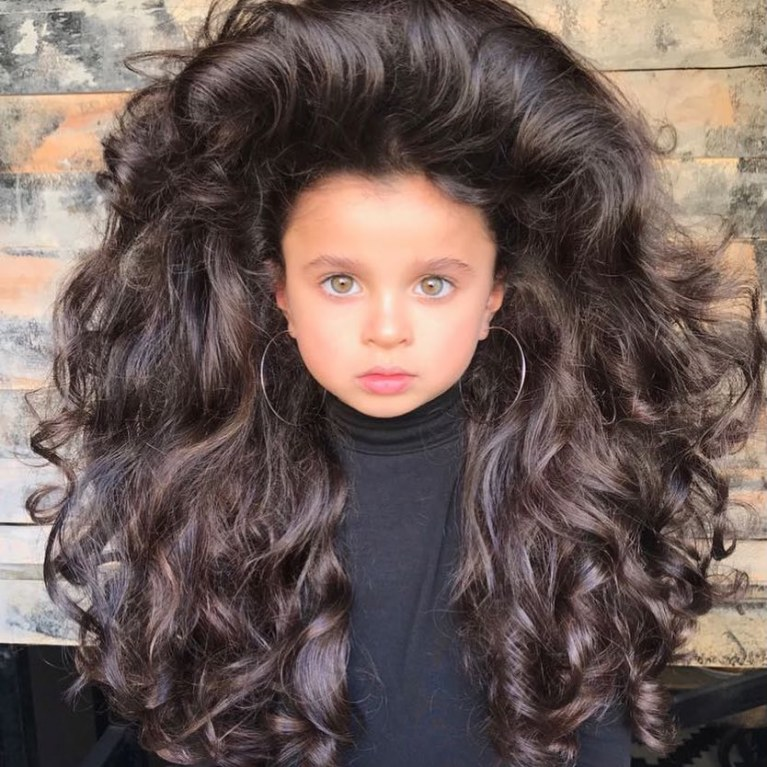 With her incredible hair, this 5-year-old girl makes us all jealous