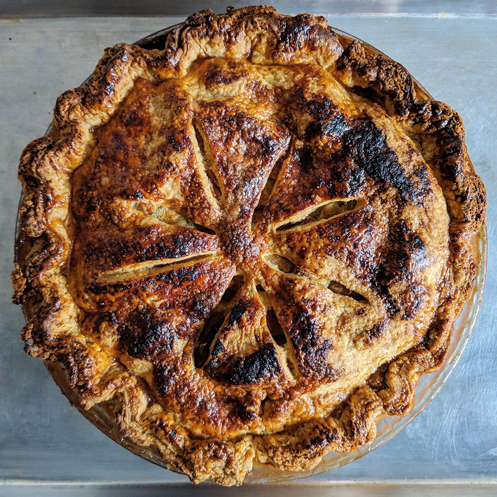 Festive Tutorial: How to Make a Real Thanksgiving Thanksgiving Apple Pie