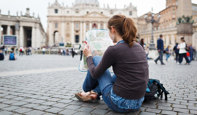 10 good reasons to travel alone