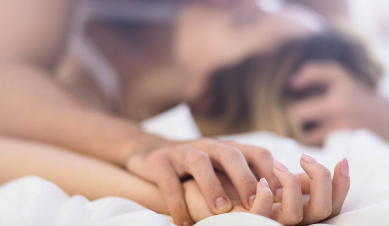 5 positions to test to put a little spice in your Love