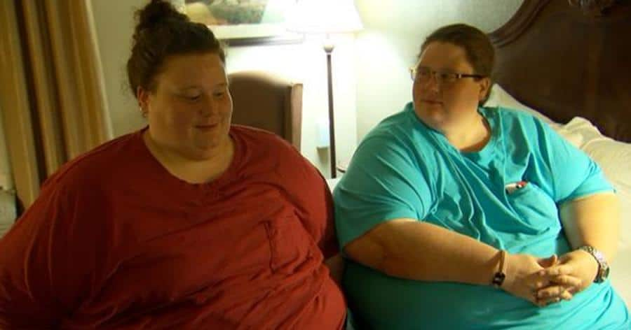 Twin sisters who weighed 270 kilos, manage to lose 100 kilos in 12 months. This is how they look now