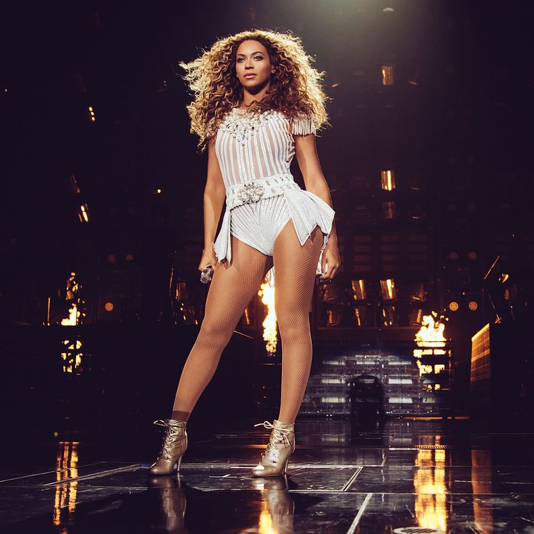 What does Beyonce eat when she's on tour?