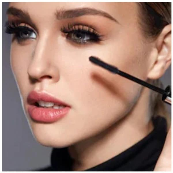 beauty trends for party lips hair and eye makeup